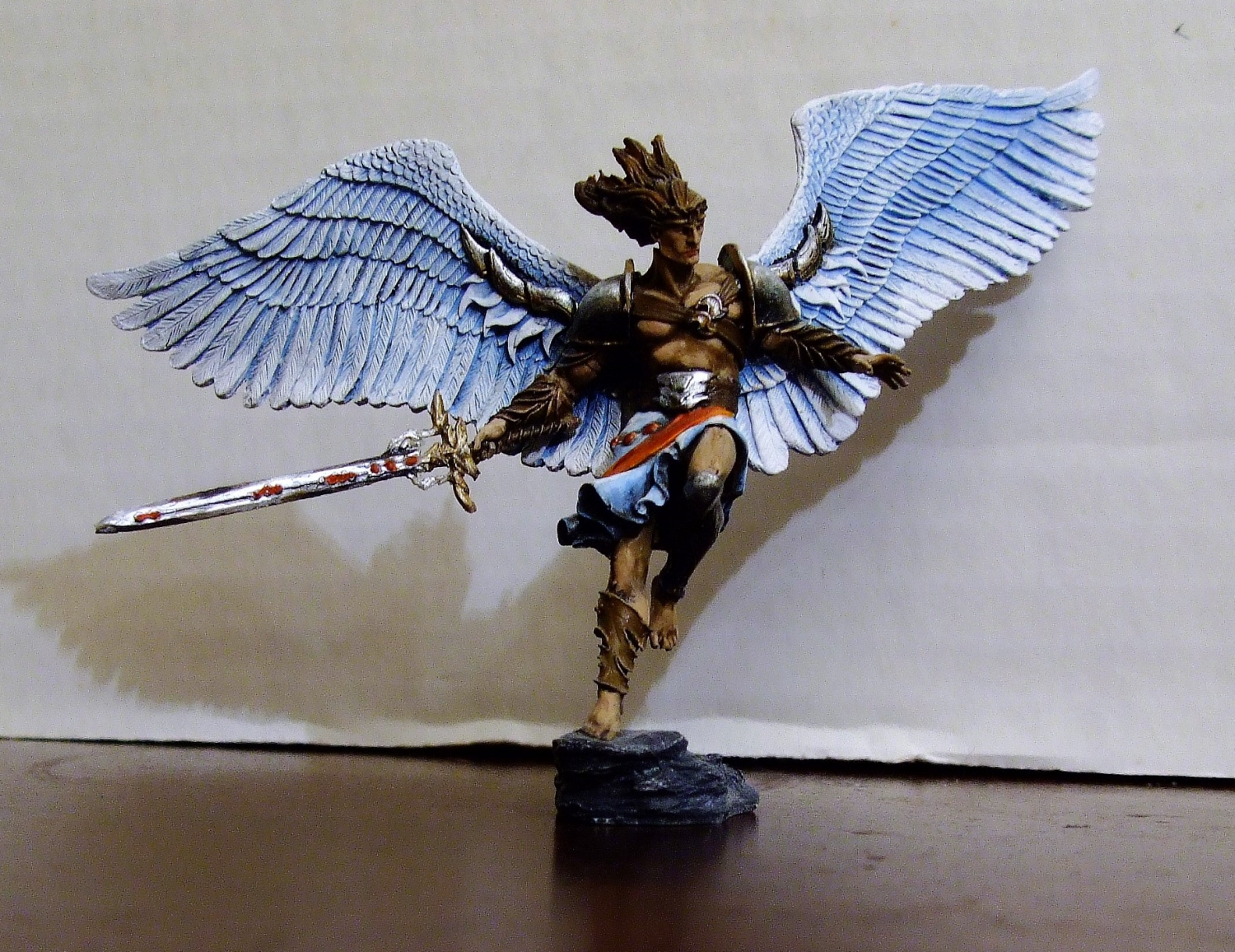 Leogante, Wings of Redemption (54mm)